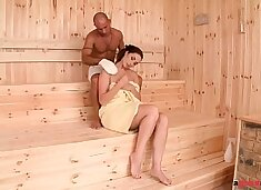 Incredibly horny sauna babe Paige Turnah fucks big dick until she quirts