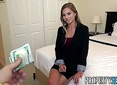 PropertySex - Wicked fine real estate agent excepts client sexual advance