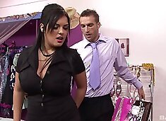 Fishnets wearing Jasmine Black forces a guy to fuck her good