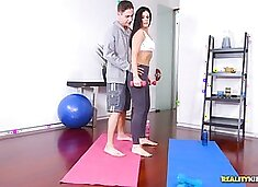 india summer trainer`s cock popped out of his shorts during workout
