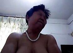 Old chinese lady fucks