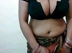 Sexy webcam aunty